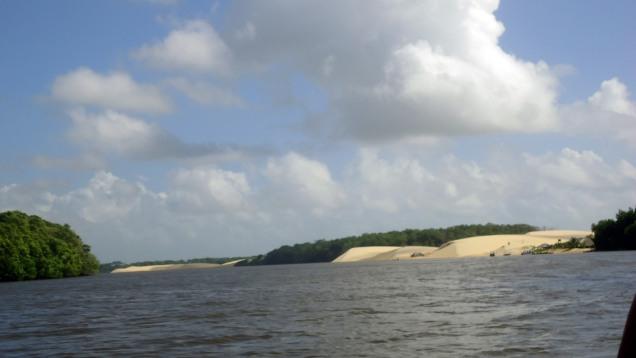 duna no Rio Preguiças