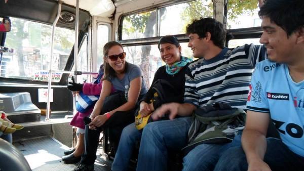 Novos amigos no transporte público da Cidade do México (foto: Taner Palácio)