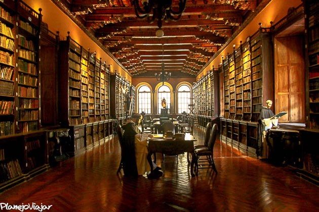 Biblioteca do Convento Santo Domingo